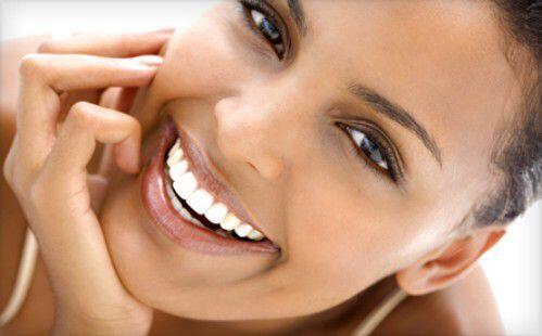 Bí quyết làm trắng răng hiệu quả