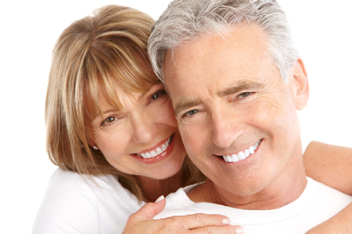Bọc răng sứ Veneer cho người cao tuổi có được không?