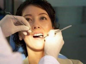 Các Sai Lầm Phổ Biến Trong Chăm Sóc Răng Miệng