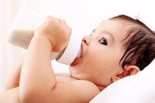 Phòng tránh răng mọc lệch ở trẻ em