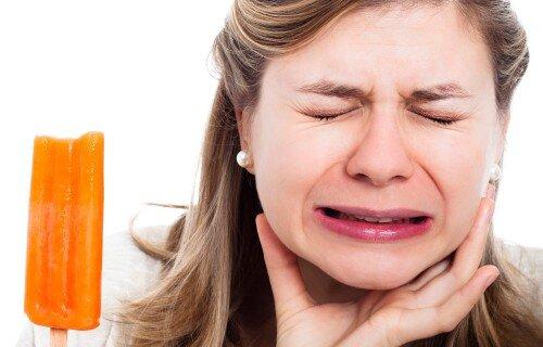 Cách chăm sóc răng nhạy cảm mỗi ngày