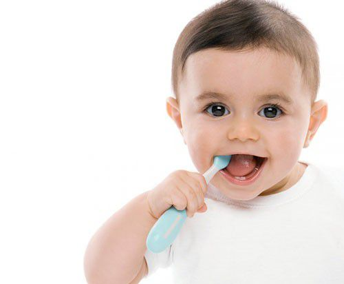 Bệnh răng miệng ở trẻ dưới 3 tuổi thường gặp