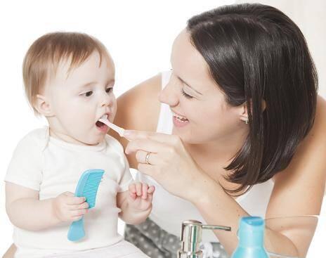 Lí do khiến trẻ chậm mọc răng sữa