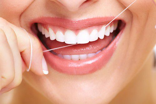 Nguy hiểm từ thói quen xỉa răng