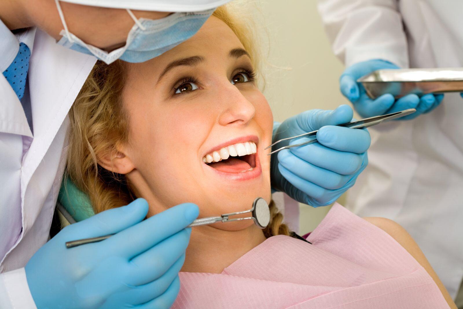 Kết quả hình ảnh cho cạo vôi răng uy tín