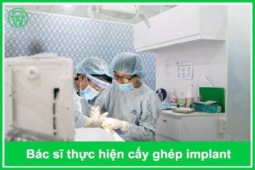 nha khoa implant uy tín