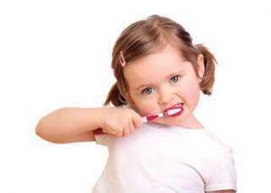 Chăm sóc răng sữa cho bé yêu
