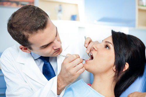 Có nên cạo vôi răng khi mang thai