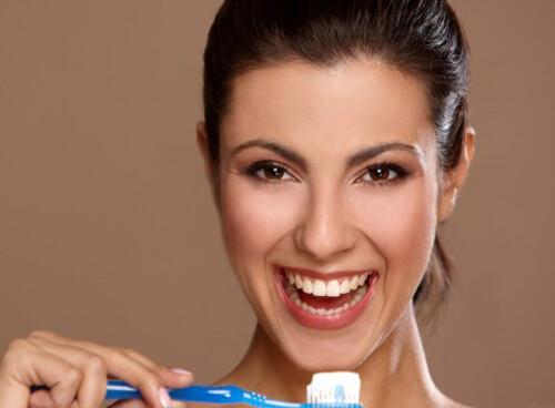 Nguyên nhân nướu răng bị chảy máu và cách phòng tránh