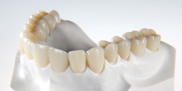 Nha khoa bọc răng sứ Zirconia tốt nhất hiện nay tại TP.HCM