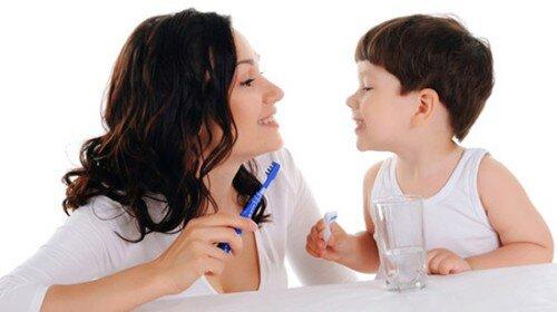 Những thói quen xấu chăm sóc răng miệng