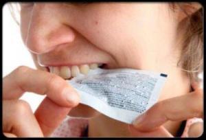 Những thói quen xấu làm ảnh hưởng đến nụ cười của bạn