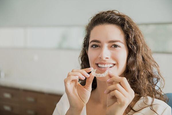 niềng răng cho phụ nữ mang thai