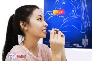 nieng-rang-khong-mac-cai-3d-clear-aligner