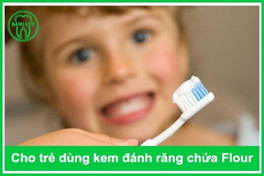 thời điểm bổ sung Flour tốt nhất cho răng