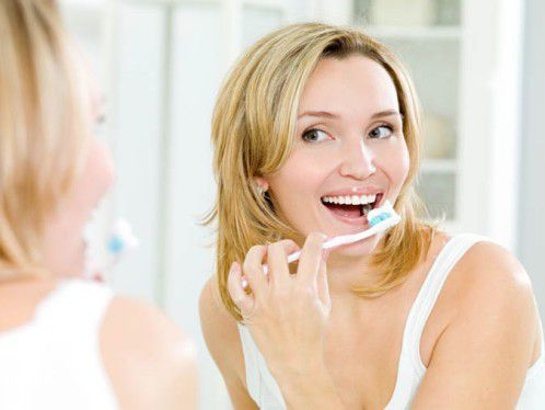 Image result for Đánh răng ngay sau khi bạn ăn