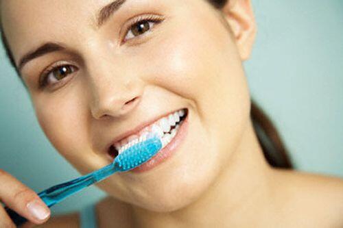 sử dụng nước ngọt nhiều gây hại đến men răng
