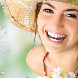 Tẩy trắng răng cho răng sâu có được không - 1
