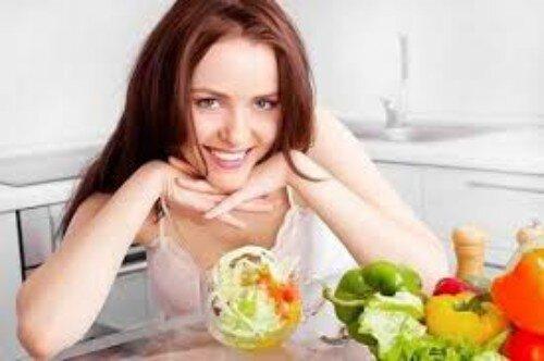Trắng răng với thực phẩm từ tự nhiên