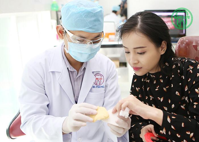 Dịch vụ bọc răng sứ thẩm mỹ