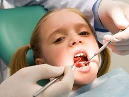 Tuổi thay răng sữa của bé