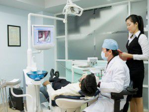 Bọc răng sứ có đau không? 4
