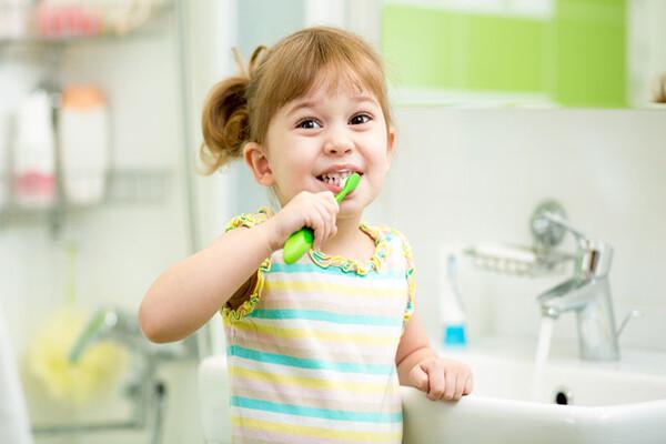 hậu quả để lại do viêm nướu răng ở trẻ